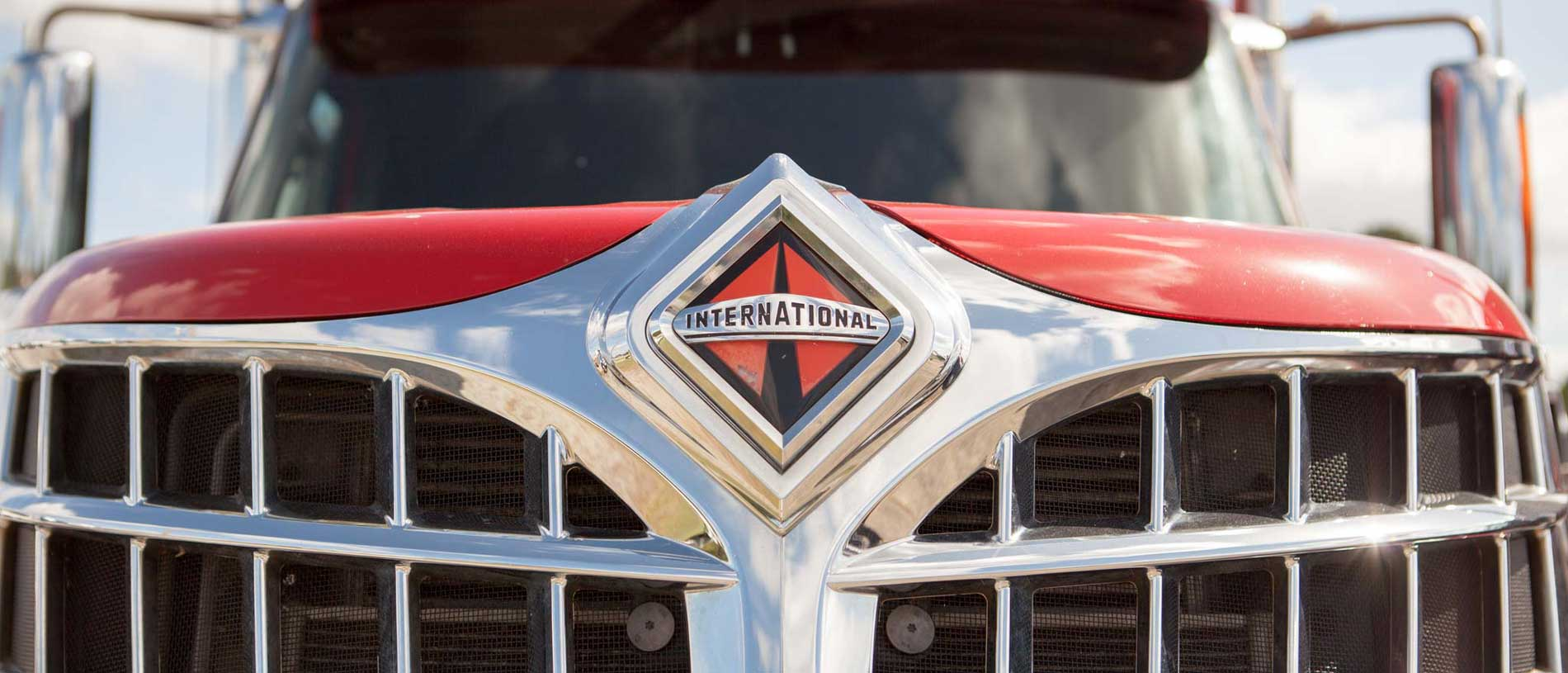 International Truck Grill & Logo